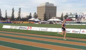 Mirelle Martens running at the 2015 Pan Am Jr Track and Field Championship